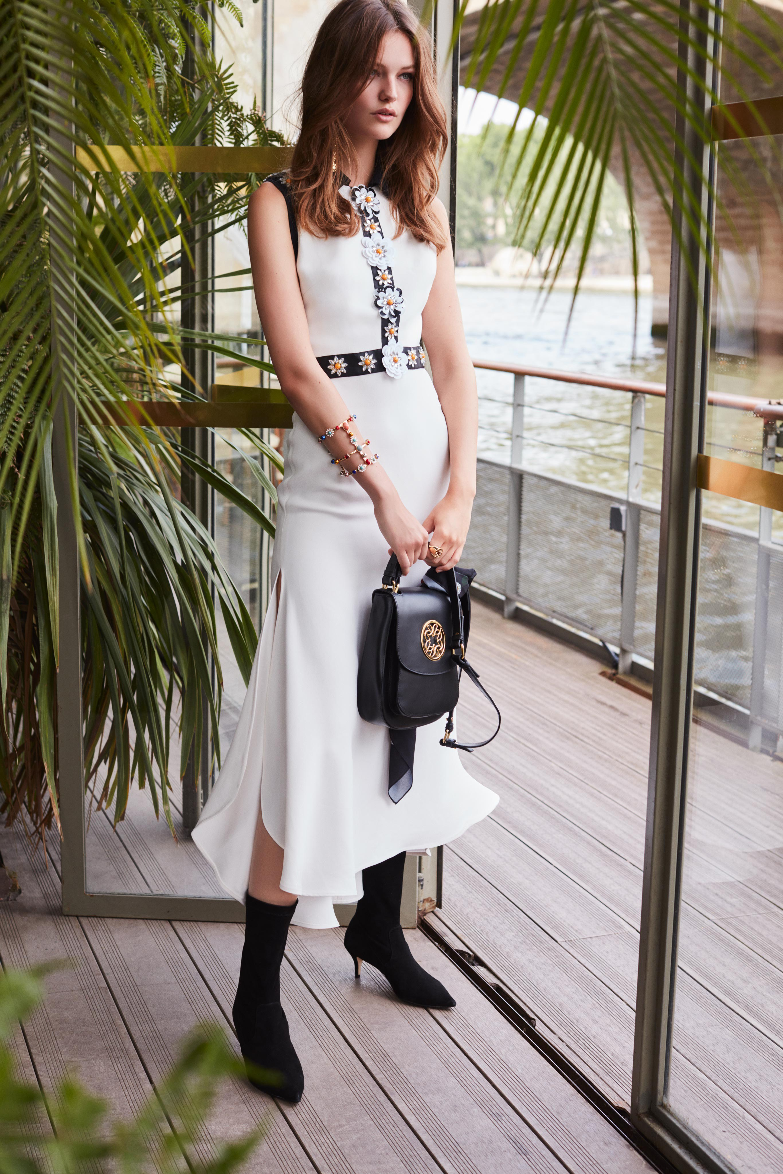 00005-Elie-Saab-Vogue-Resort-2019-pr