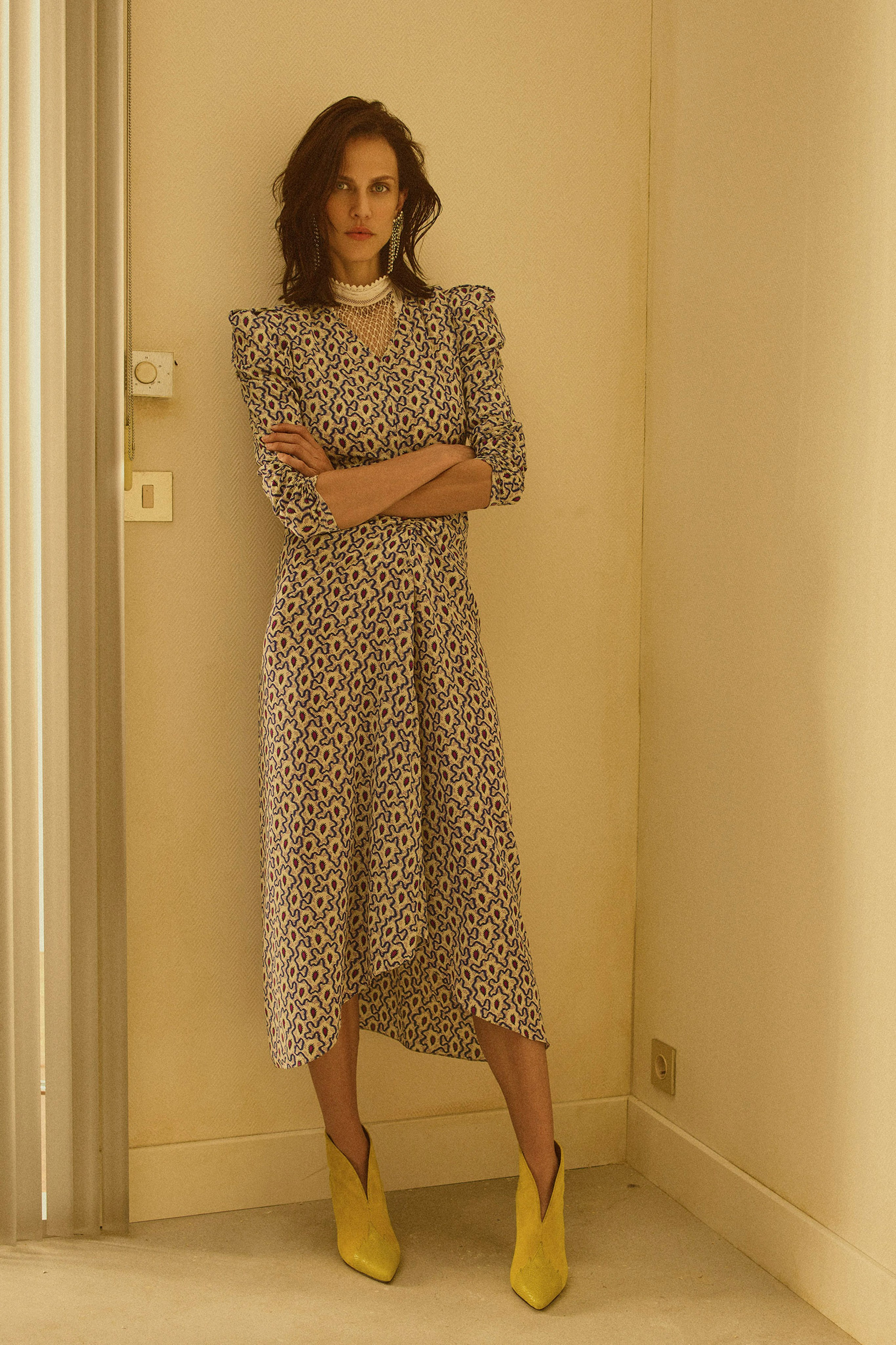 00006-Isabel-Marant-Resort-2019-Vogue-2019-pr