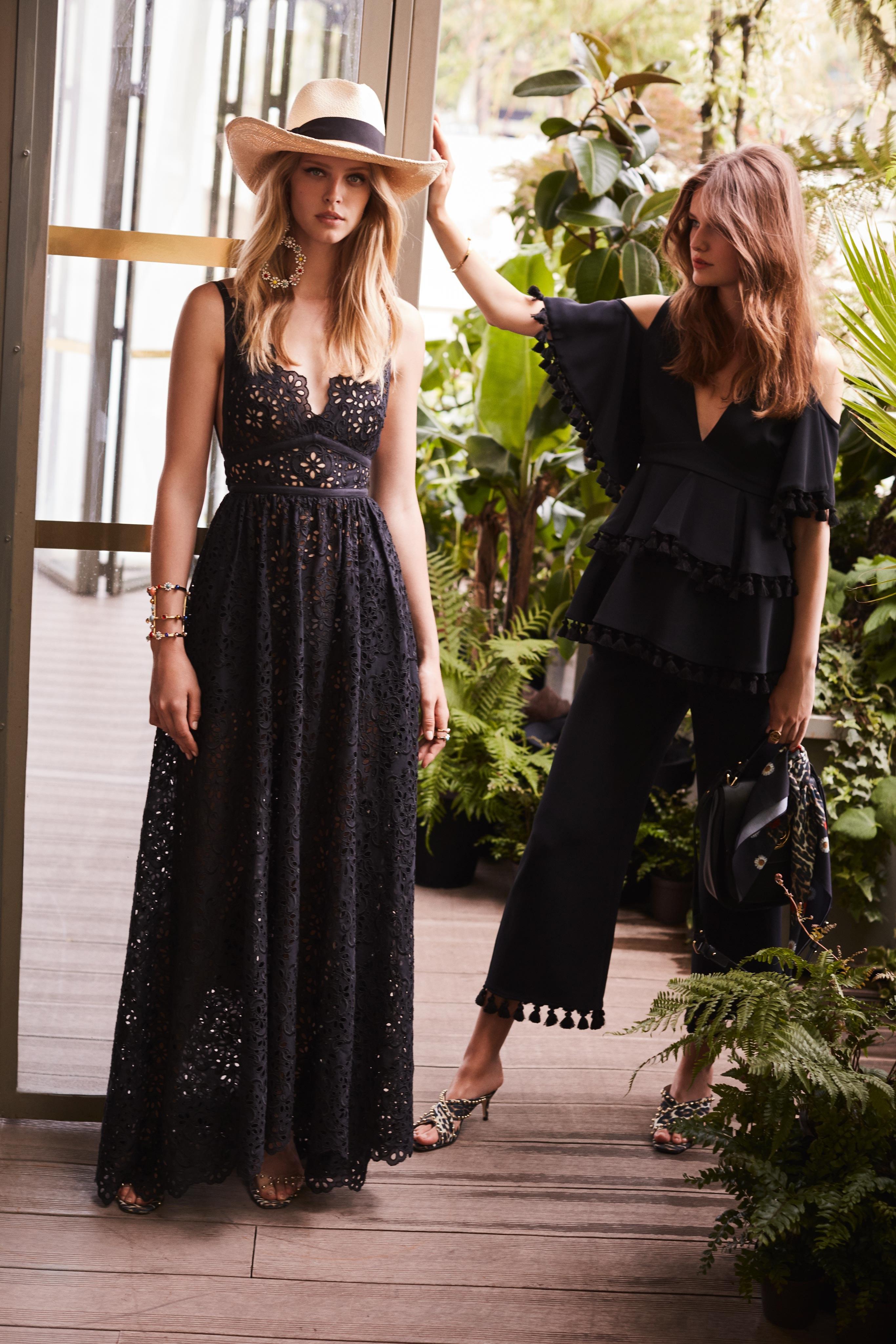 00015-Elie-Saab-Vogue-Resort-2019-pr