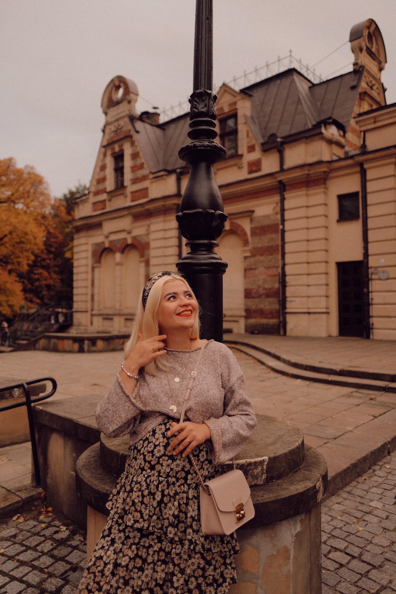 Zloty jesienny outfit